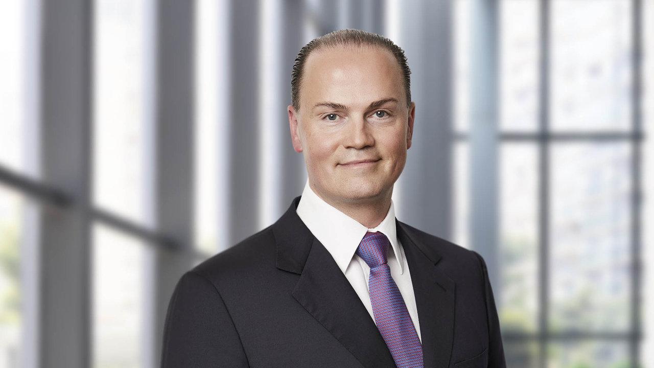 Předseda představenstva finanční společnosti ThomasLloyd Michael Sieg.