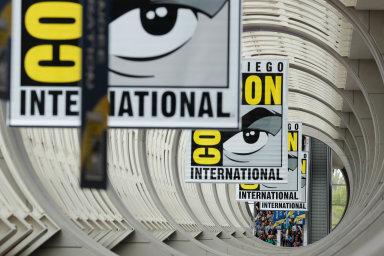 Festival se zaměřuje na filmy, seriály, hry, komiksy a knihy především v žánru sci-fi, fantasy a horor.