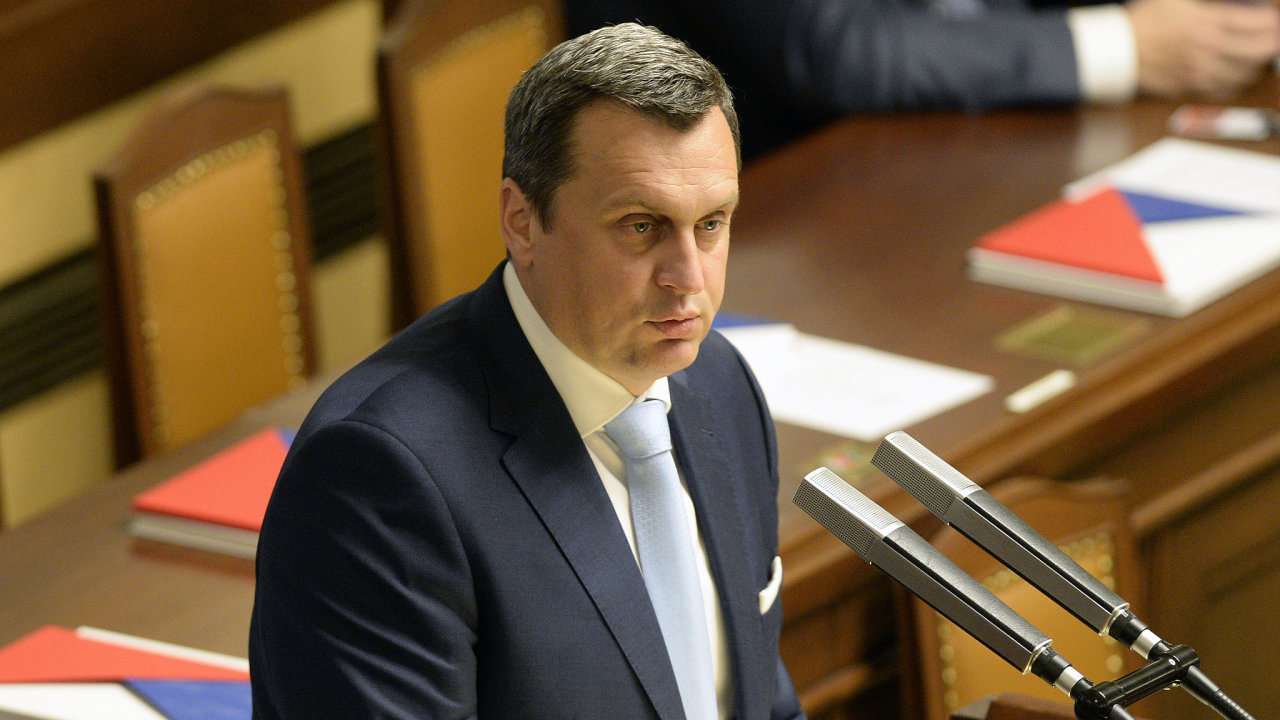 Předseda slovenského parlamentu Andrej Danko čelí podezření z plagiátorství