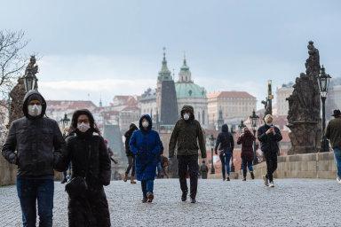 Kam teď? Předloni se v Česku přes Airbnb ubytovalo 1,16 milionu zahraničních turistů. Pokud Praha prosadí svá omezení této služby, mnoho návštěvníků si bude muset hledat místo v hotelech.
