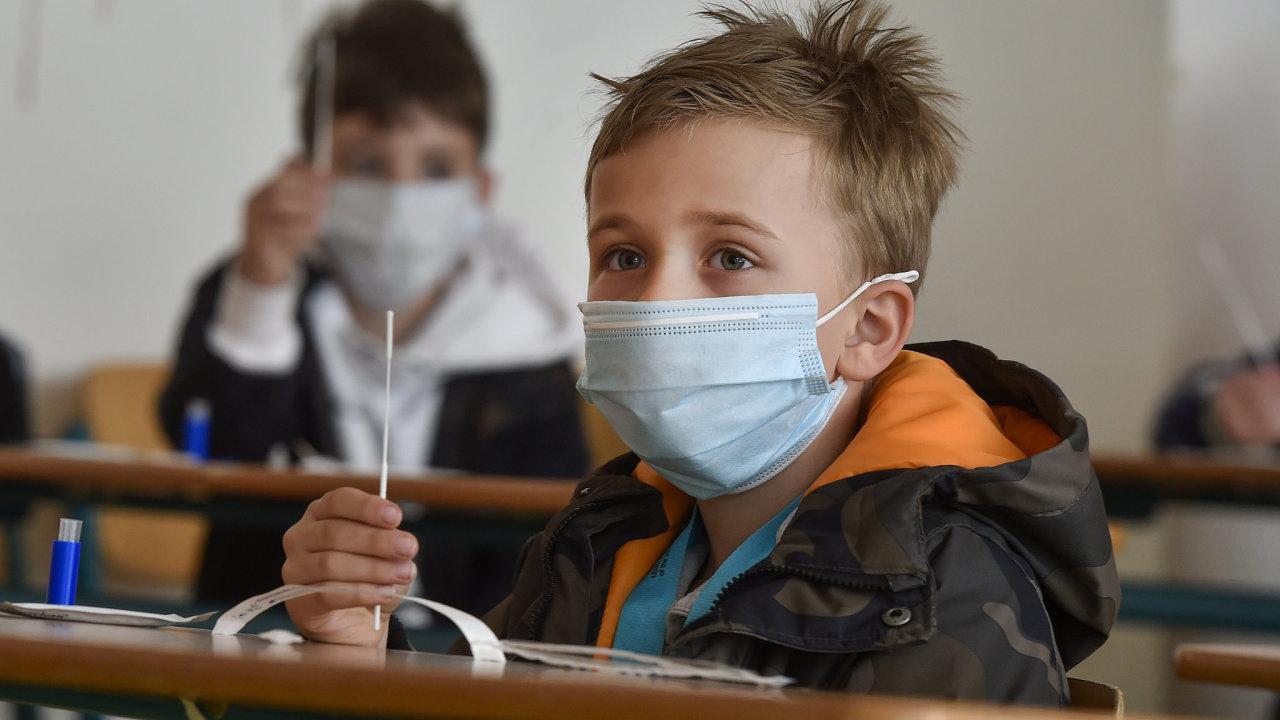 děti, školy, testování, koronavirus