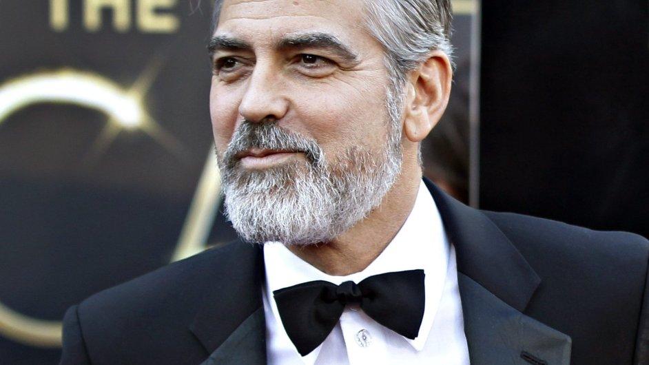 George Clooney na předávání Cen Akademie v Los Angeles