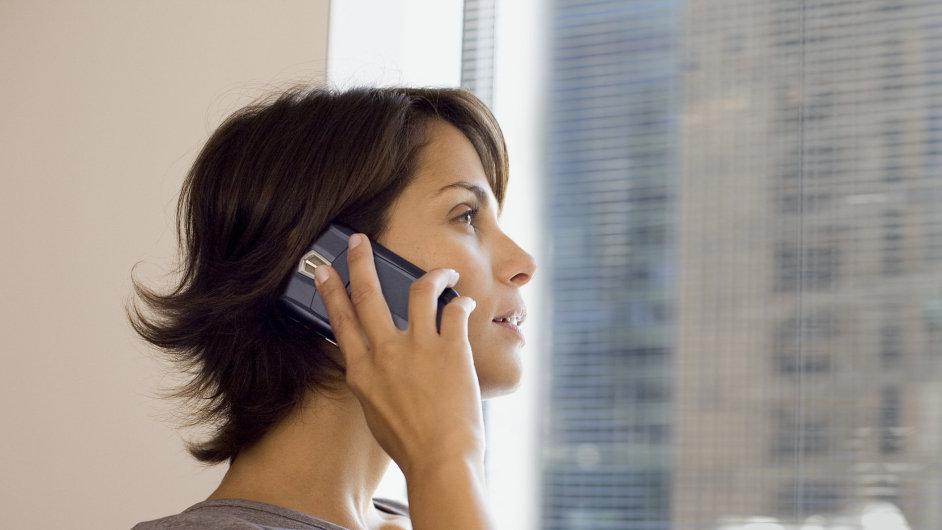 Díky virtuálním mobilním operátorům se sníží ceny za volání.