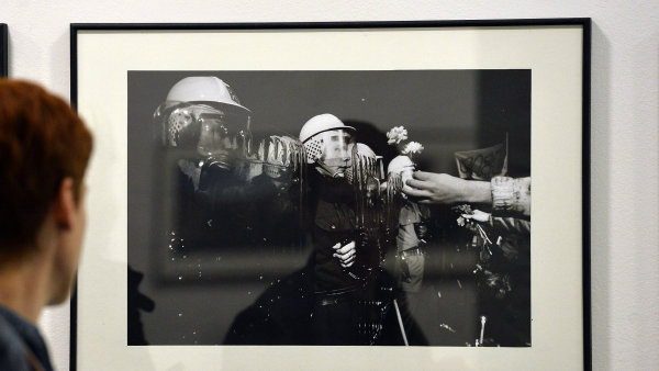 Snímek z výstavy Dvojexpozice