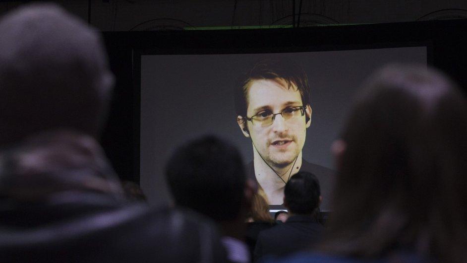 Edward Snowden tento měsíc při videovstupu na soukromé vysoké škole v Torontu