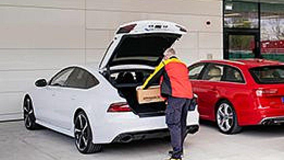 DHL, Amazon a Audi zkoušejí doručování zásilek do kufru vozu