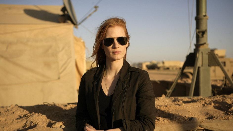 Na snímku Jessica Chastainová ve filmu 30 minut po půlnoci.