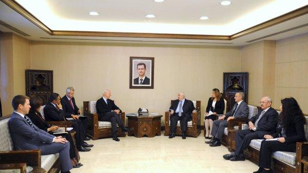 Mírové rozhovory o Sýrii v Ženevě.