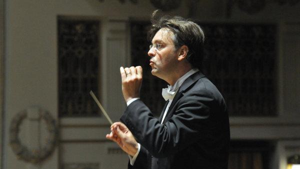Závěrečný koncert Pražského jara v sobotu odehrál Symfonický orchestr hl. m. Prahy FOK s dirigentem Tomášem Netopilem.