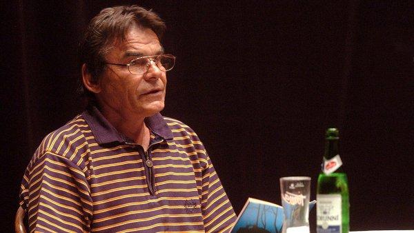 Ivan Landsmann byl autorem oceňované knihy Pestré vrstvy.
