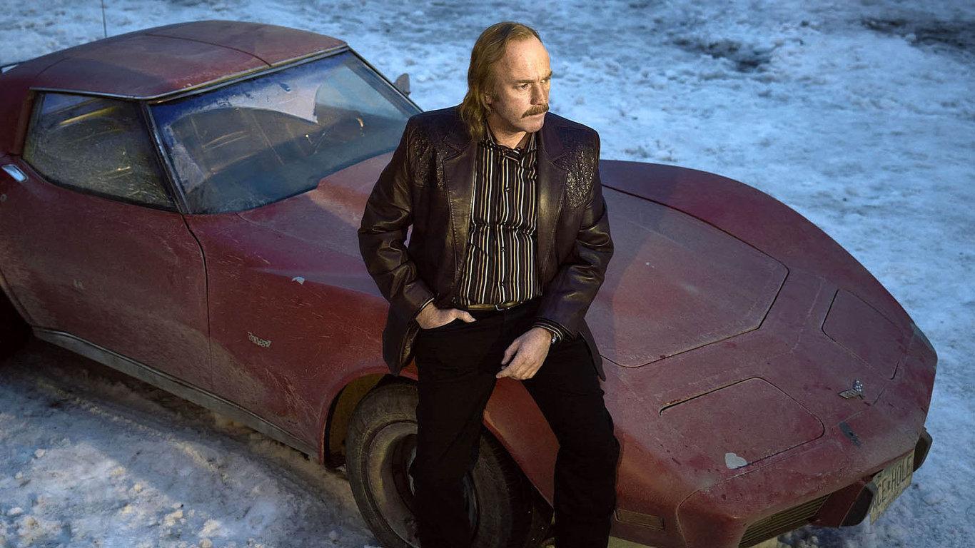 Ve třetí řadě úspěšného seriálu Fargo se opět dějí zcela absurdní zločiny.