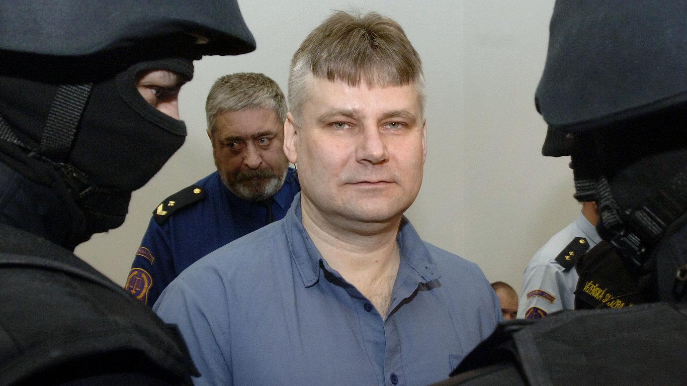 Doživotně odsouzený vězeň Jiří Kajínek.