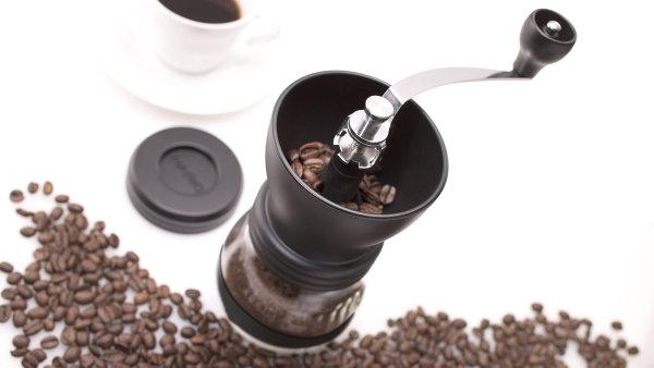 Mlýnek na kávu společnosti doubleshot.