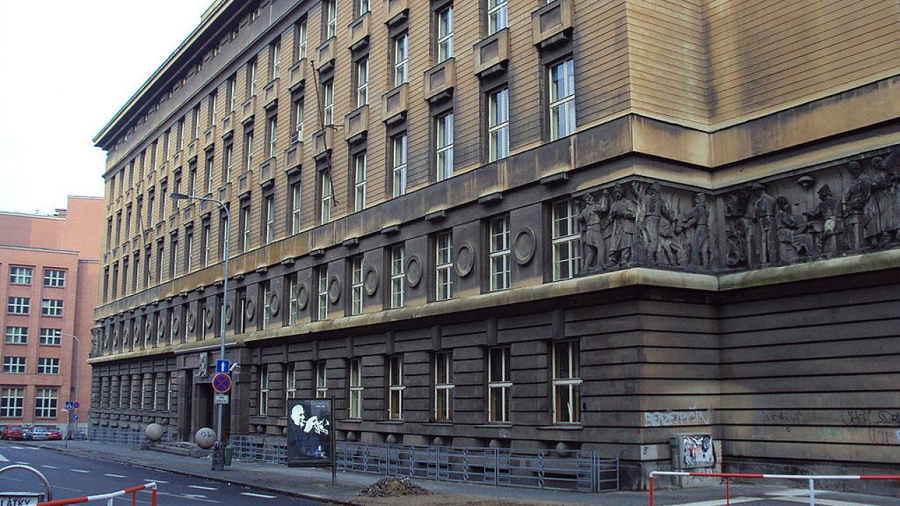 Městský soud ve Slezské ulici v pražských Vinohradech.