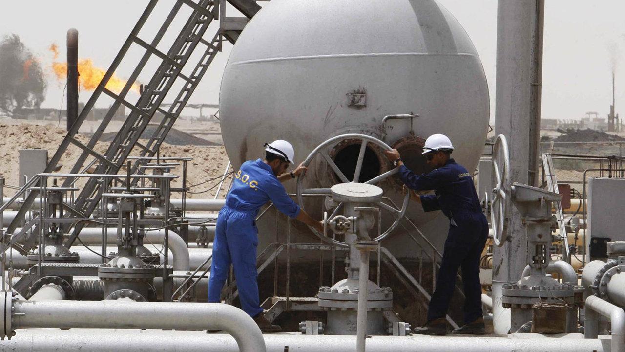 Ceny ropy prudce klesají - Ilustrační foto.