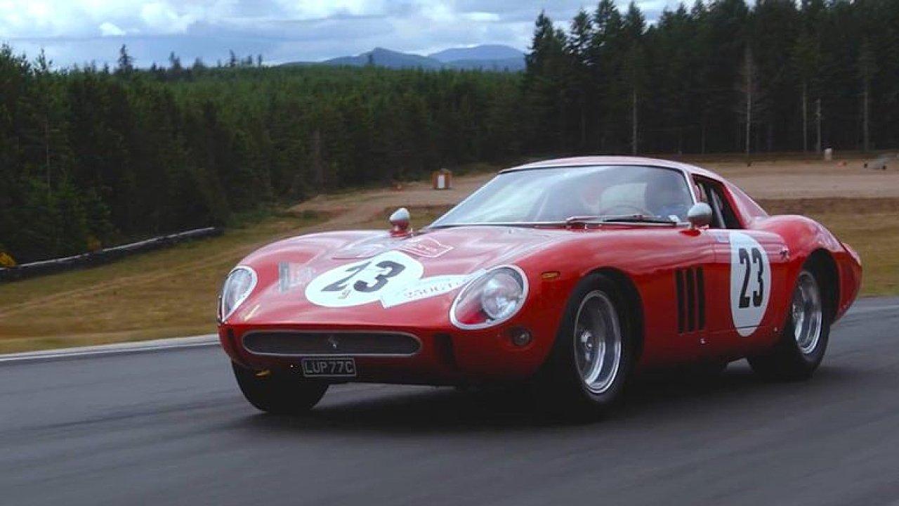Nejdražší auto na světě jde do aukce. Ferrari z roku 1962 se prodává za 45 milionů dolarů.