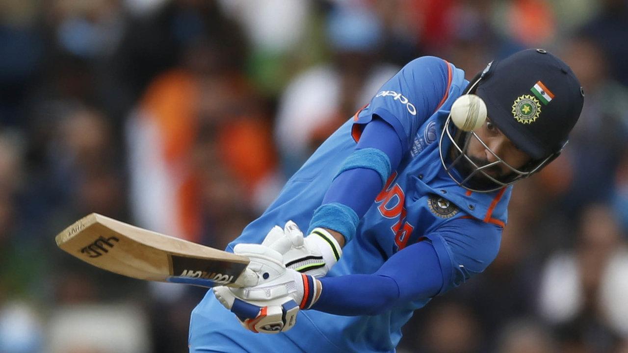 Skvělá trefa. Yuvraj Singh je stále vynikající jako bowler, ale uplatnil se i na pálce a dalších postech v týmu.