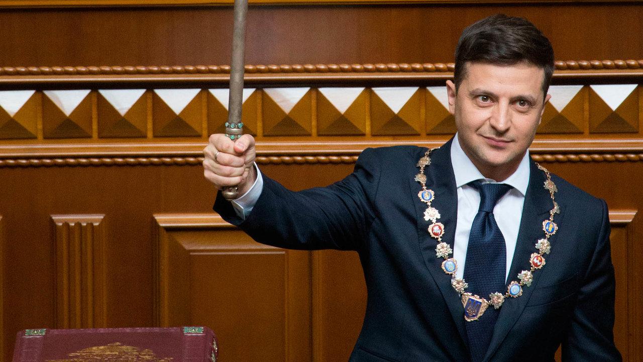 Volodymyr Zelenskyj, prezident Ukrajiny a předseda strany Služebník lidu
