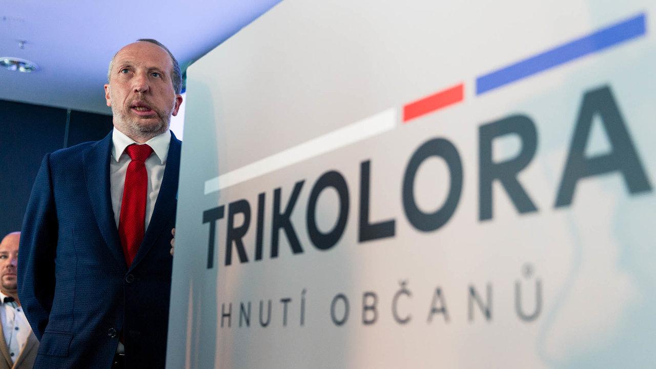 Poslanec Václav Klaus mladší posvém vyloučení zODS před měsícem založil hnutí Trikolóra. To během dvou týdnů získalo přes půl milionu korun.