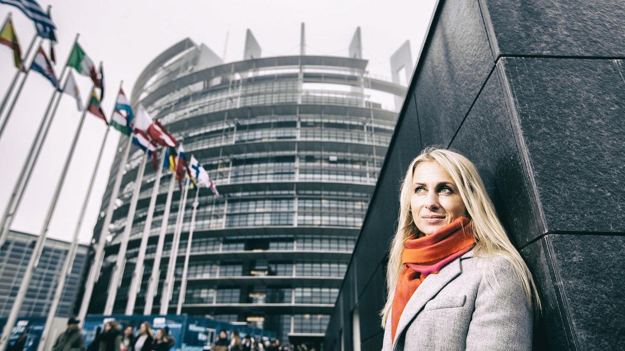 Jedním ze dvou českých místopředsedů Evropského parlamentu je i europoslankyně Dita Charanzová (za ANO)