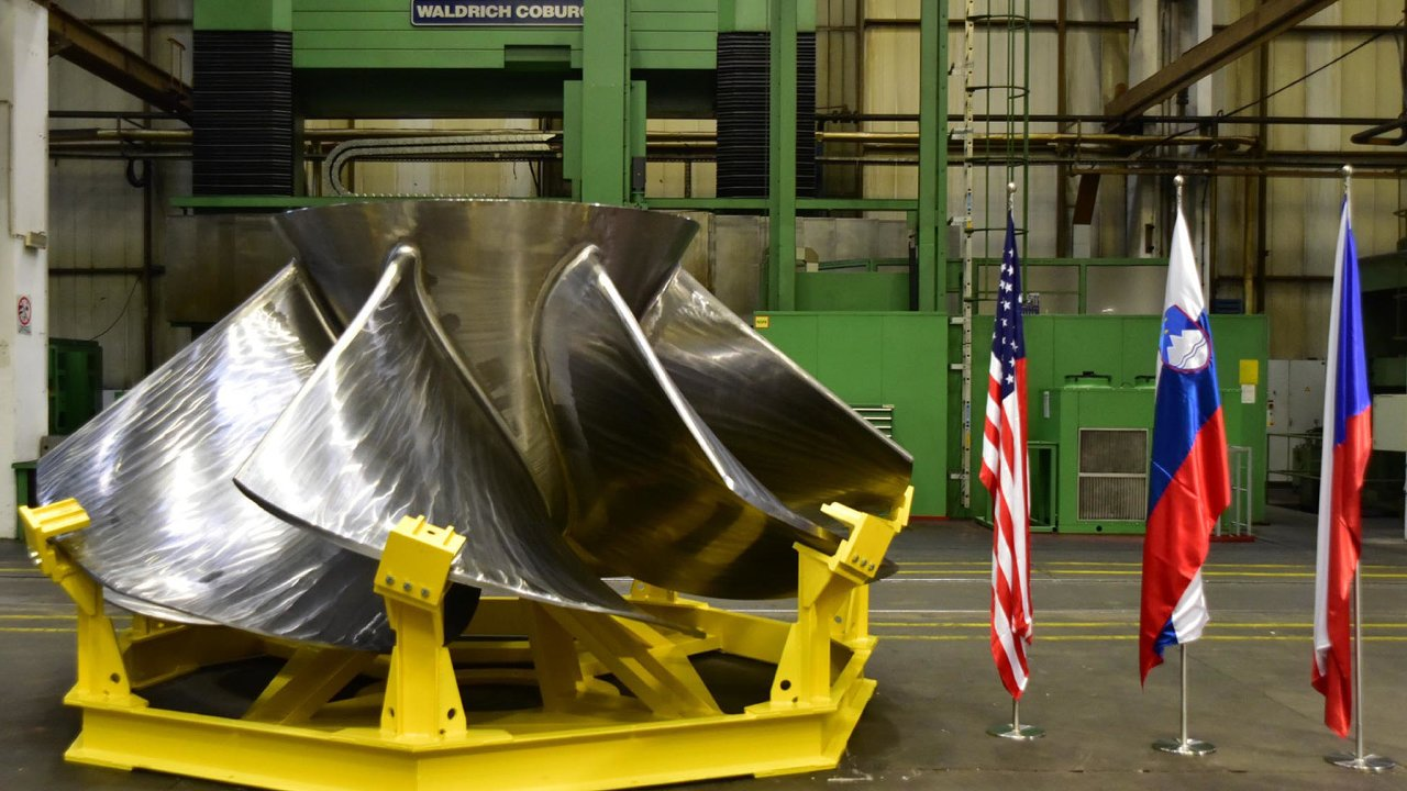 Zařízení pro Alabamu: Litostroj kolo pro Kaplanovu turbínu dodá do vodní elektrárny Lay vamerickém státě Alabama.