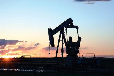 Středním amalým americkým těžařůmdocházejí peníze amasivně propouštějí nedávno pracně získané dělníky.