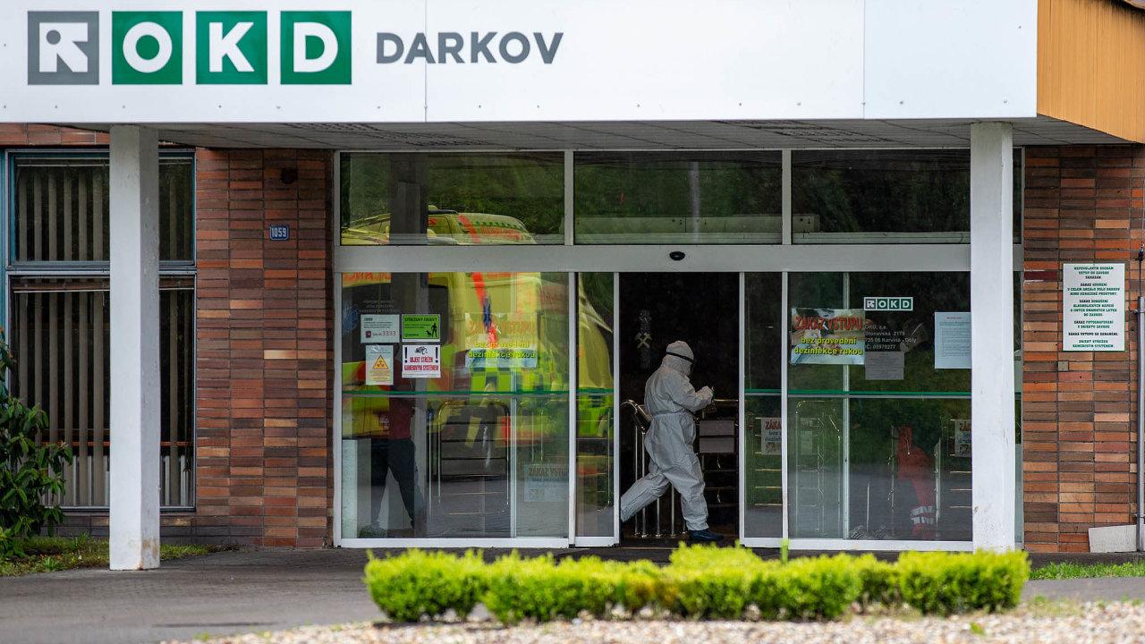 Důl Darkov se vMoravskoslezském kraji stal ohniskem nákazy nemoci covid-19.