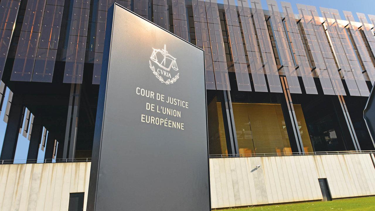 Soudní dvůr EU v rozsudku Wightman jasně sdělil, že rozhodnutí člena o vystoupení z Evropské unie je jeho svrchovaným aktem podléhajícím výlučně jeho vnitrostátnímu právu.