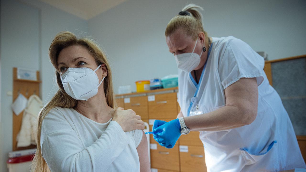 koronavirus covid očkování