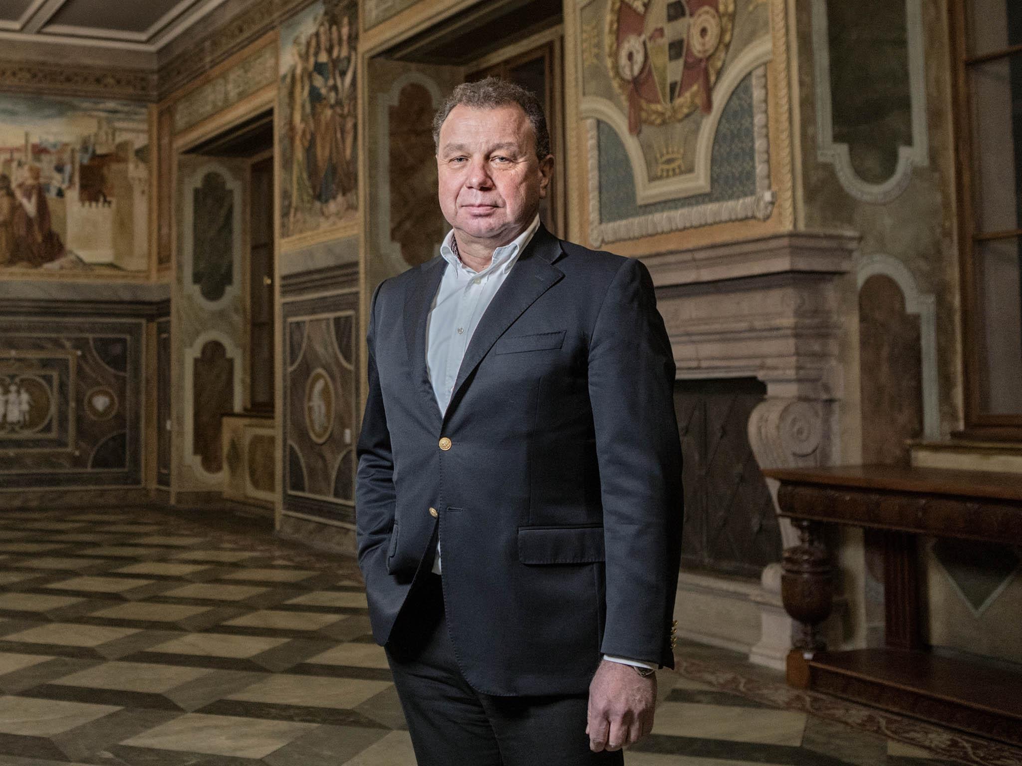 Jeden z nejbohatších Čechů Oldřich Šlemr hovoří osvém byznysu, sbírce umění ataké snaze rychle rozjet projekt revitalizace bývalého hotelu InterContinental ajeho okolí.
