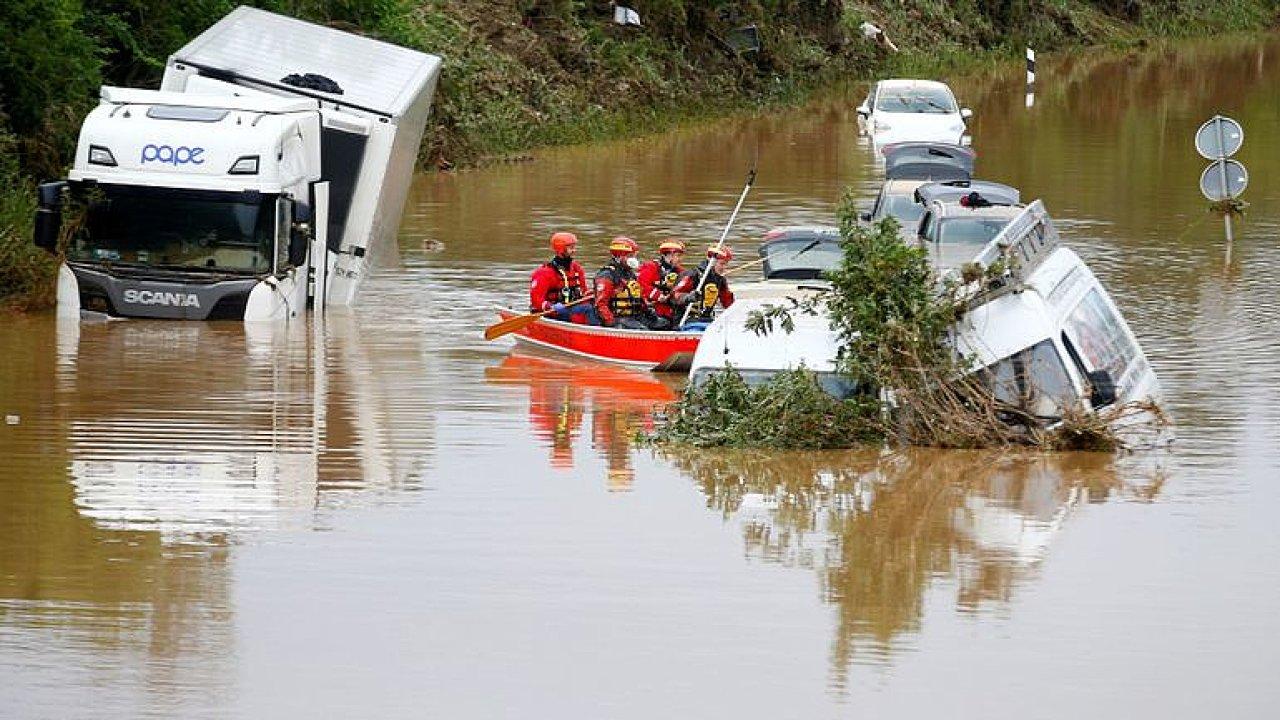 Klimatolog: Tragické povodně? Situace graduje, bude to horší, klima rapidně otepluje