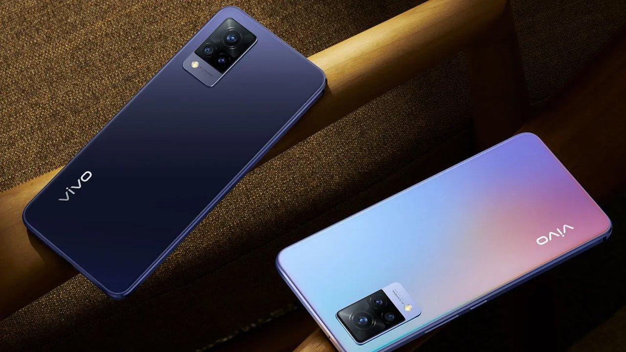 Vivo V21 5G je ideální, když chcete natáčet a fotit sami sebe