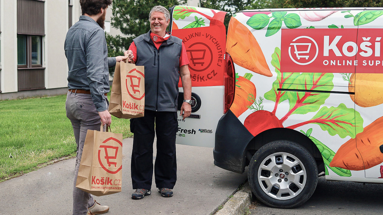 On-line supermarket Košík.cz tento týden oznámil také zrychlení dodávky svých nákupů.