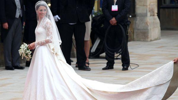Kate Middletonov ve svatebn ch atech