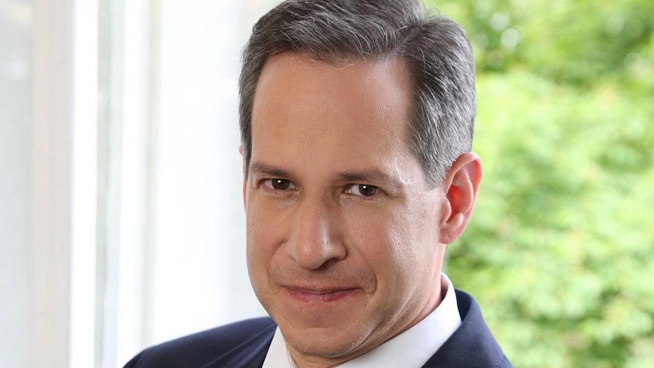 Evan Lazar, partner kanceláře Salans
