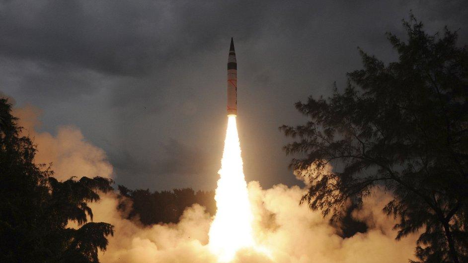 Test indické rakety, která je schopna nést jadernou hlavici a doletět do Pekingu.