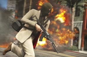 GTA V po letech čekání: Hráči za tři dny zaplatili miliardu dolarů, nechybí ani aféry
