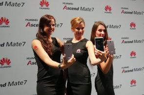 Huawei Ascend P7 SE předběhl iPhone se safírovým sklem, odvážný je i Ascend Mate 7