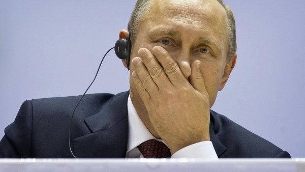 T�i Putinovy mo�nosti: sm�r, po�kat na vy��� cenu ropy �i mal� v�lka