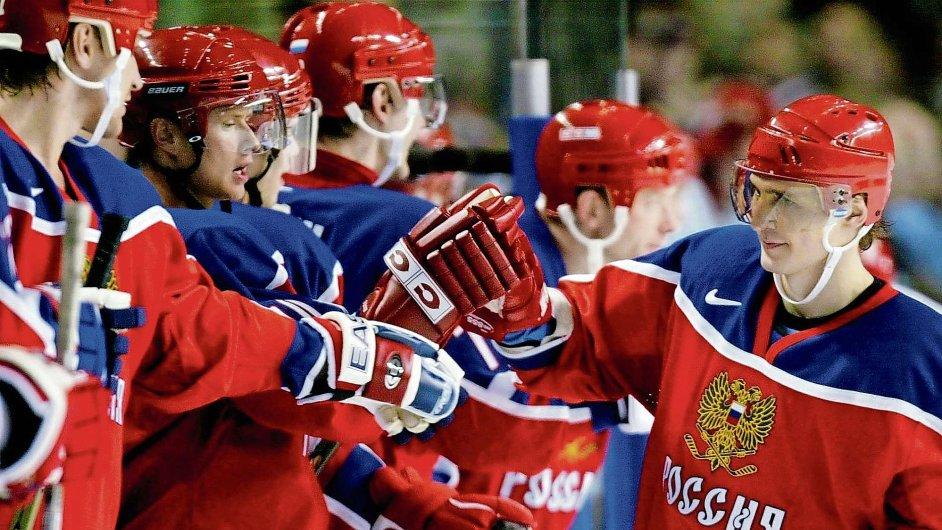KHL musí stranou