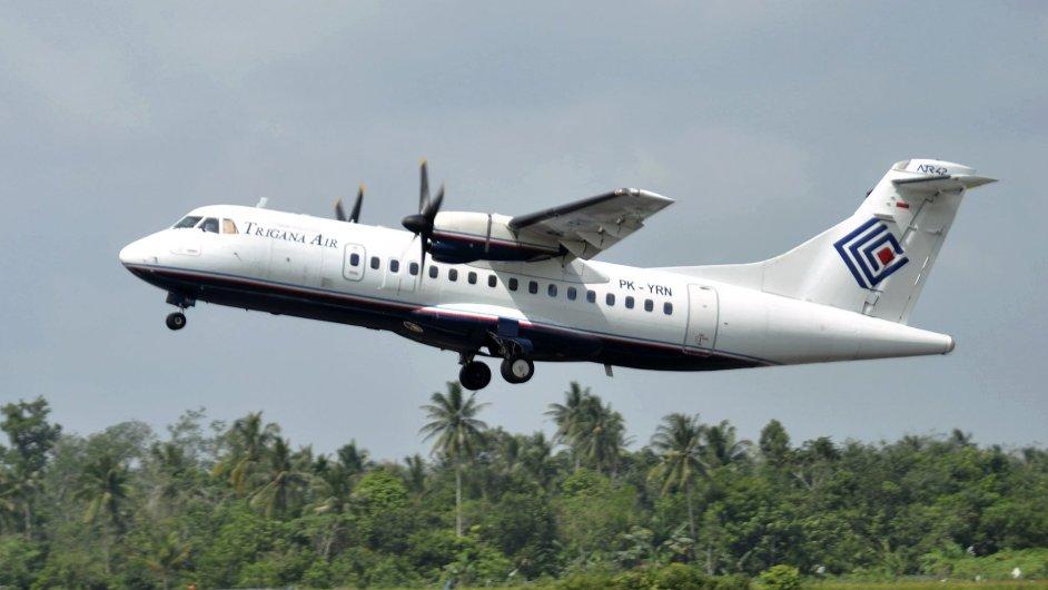 Letadlo typu ATR 42-300 společnosti Trigana Air se ztratilo i s 54 lidmi na palubě nad Novou Guineou - Ilustrační foto.