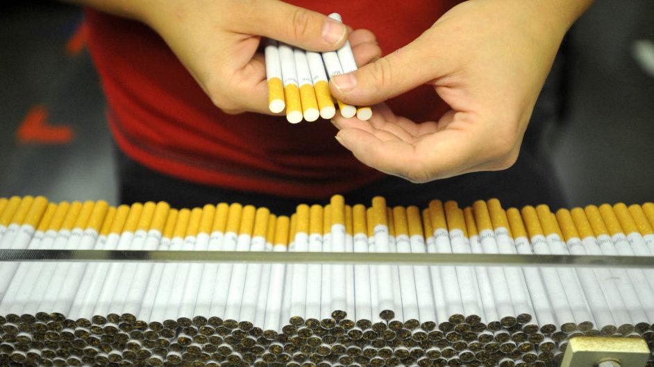 Philip Morris ČR v Česku zaměstnává přes 1000 lidí.