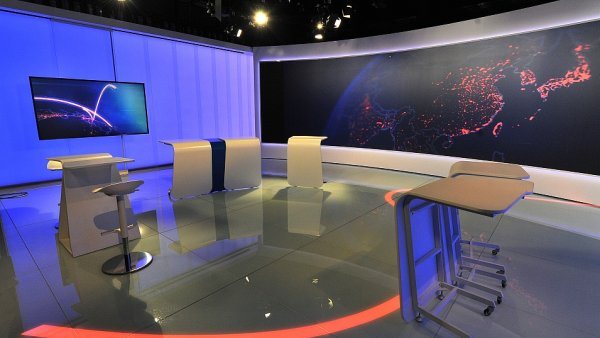 Nov� studio SK6