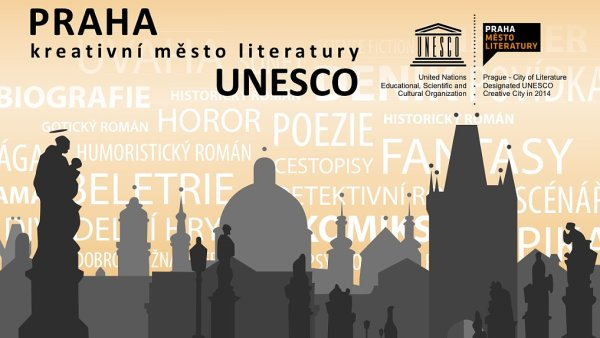 Na sn�mku ofici�ln� plak�t k projektu Praha - kreativn� m�sto literatury UNESCO.