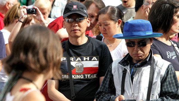 Rusk� turisty v �esku nahradili hlavn� ���an� nebo Korejci.