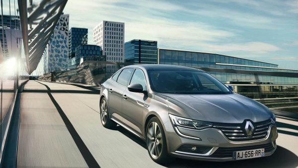 Poptávka po nových modelech Renaultu pomohla.