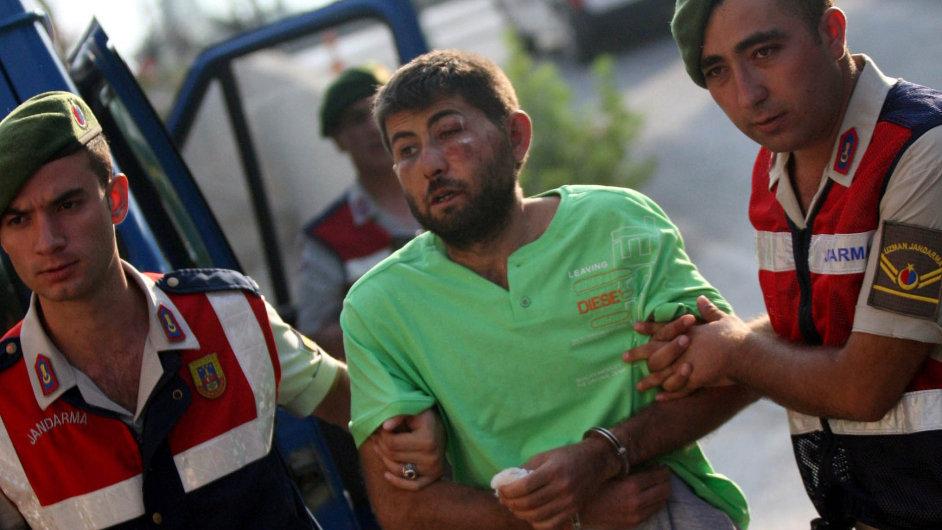 Jeden z 11 zadržených, kteří jsou podezřelí z přípravy únosu tureckého prezidenta Erdogana.