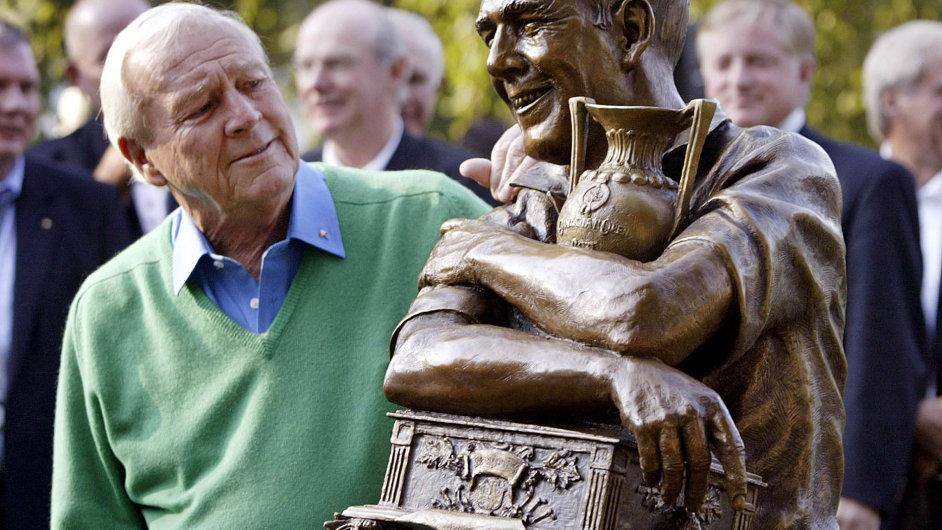 Vevěku 87 let zemřela golfová legenda Arnold Palmer.