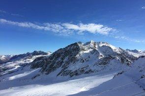 Jižní Tyrolsko: Domov pravěkého ledového muže, kde se snídají knedlíky a lyžuje téměř po celý rok