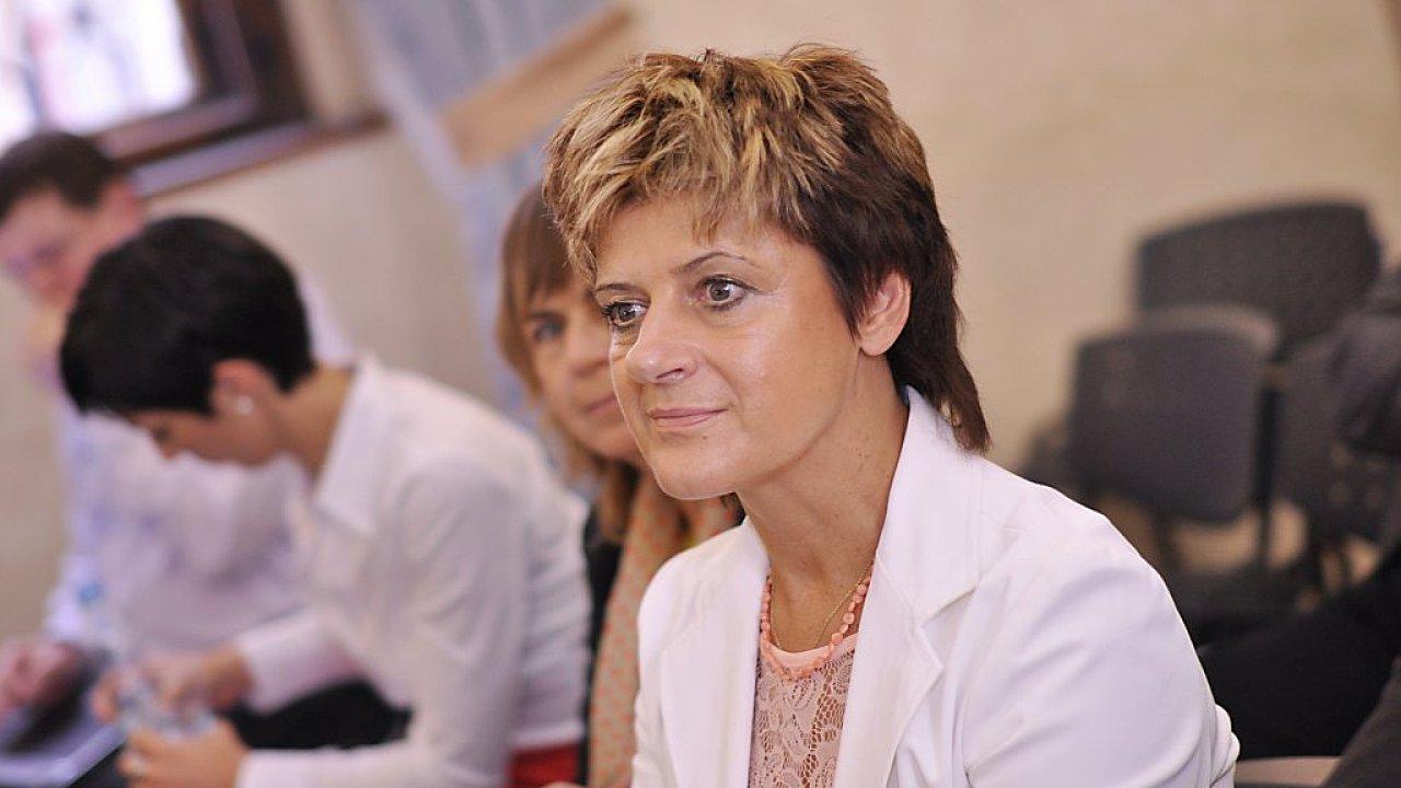 Poslankyně Nina Nováková.